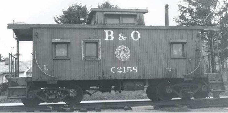 2-0-1 window I-5 caboose